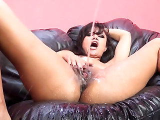 Squirting master Annie drenches Scott with all her juices.